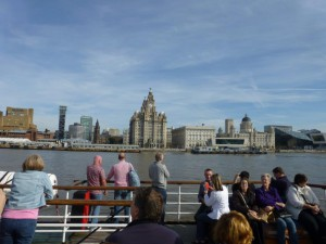 Ferry cross the Mersey. Foto Kirsten Winge