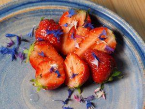 Peppermarinerte jordbær. Foto Arne Nohr